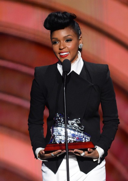 janelle-monae-soul-train-awards-2013-freddyo