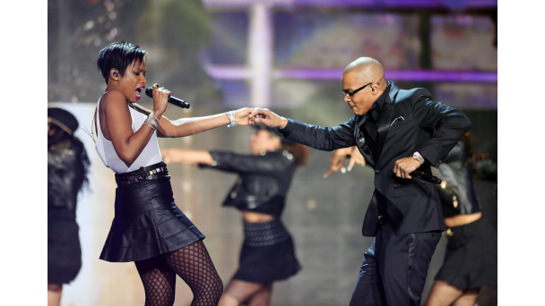 ti-jennifer-hudson-soul-train-awards-2013-freddyo.png