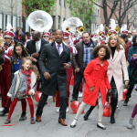 NEW MOVIE: Jamie Foxx and Quvenzhané Wallis STARS in 'Annie' Remake!