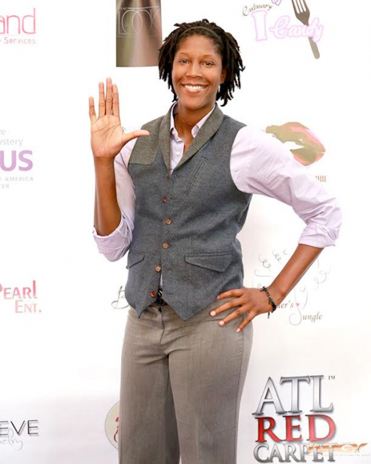 female-celebrity-basketball-charity-lupus-freddyo8