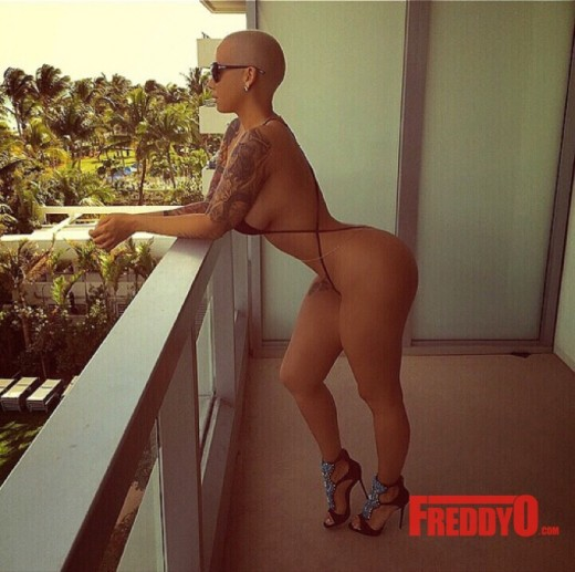 amber-rose-wants-wiz-khalifa-back-speaks-about-how-family-hates-him2