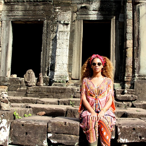 jay-z-says-hip-hop-has-done-more-for-race-relations-than-social-leaders-j-beyonce-thailand-cambodia-photos343