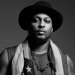 D'Angelo Performs 'The Charade' and 'Really Love' on Saturday Night Live!