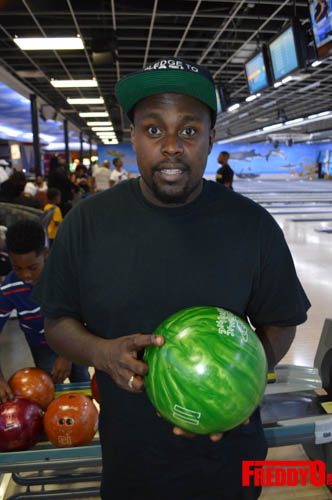 once-upon-a-star-celeb-bowling-freddyo-190