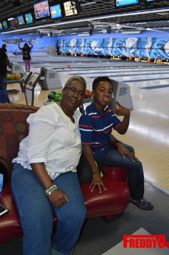 once-upon-a-star-celeb-bowling-freddyo-197