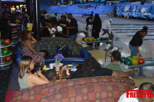 once-upon-a-star-celeb-bowling-freddyo-210