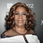 Aretha Franklin Says She's Officially Retiring This Year