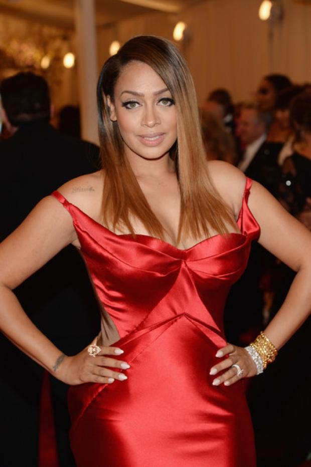 Beyoncemet-gala-2013-red-carpet-photos23352