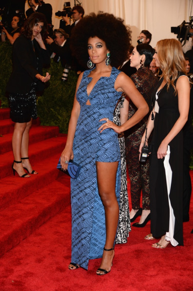 Beyoncemet-gala-2013-red-carpet-photos242132