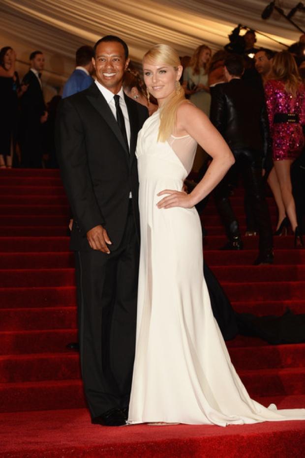 Beyoncemet-gala-2013-red-carpet-photos2432