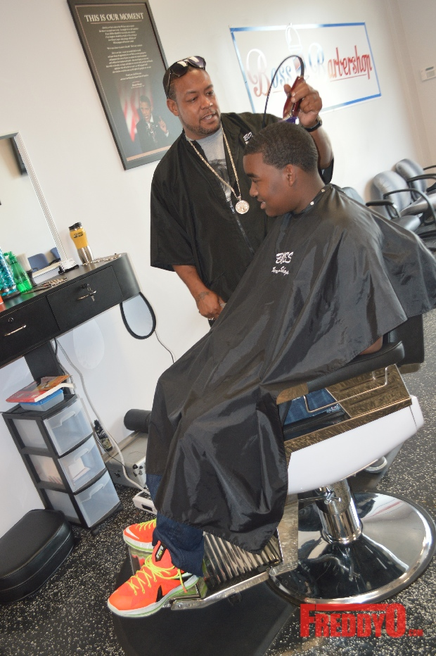 nene-leakes-husband-gregg-opens-the-1-st-of-his-new-barber-shop-chainDSC_0678