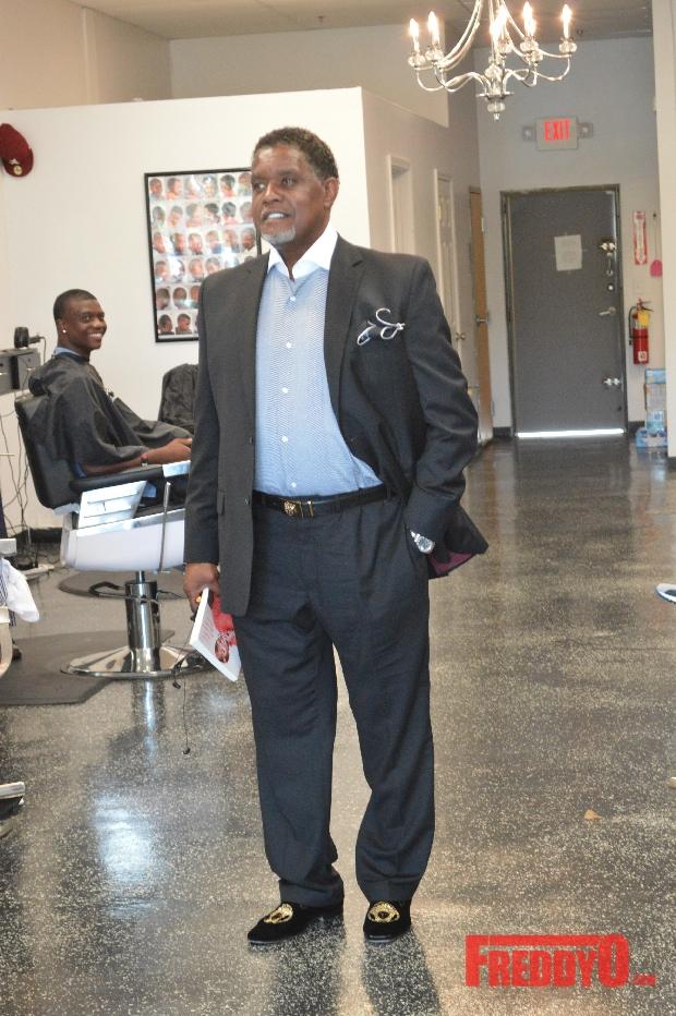 nene-leakes-husband-gregg-opens-the-1-st-of-his-new-barber-shop-chainnene-leakes-husband-gregg-opens-the-1-st-of-his-new-barber-shop-chainDSC_0711