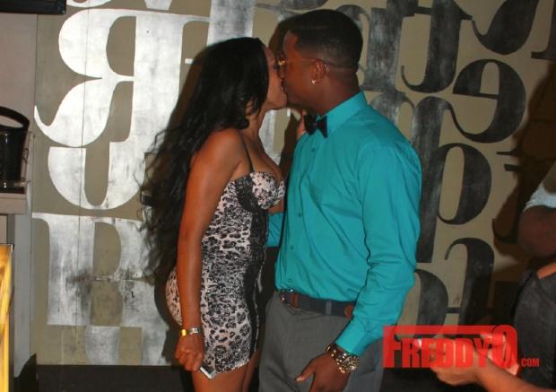 karlie-redd-yung-joc-dating-kissing-in-club-in-atl1