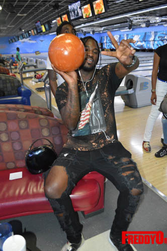 once-upon-a-star-celeb-bowling-freddyo-227