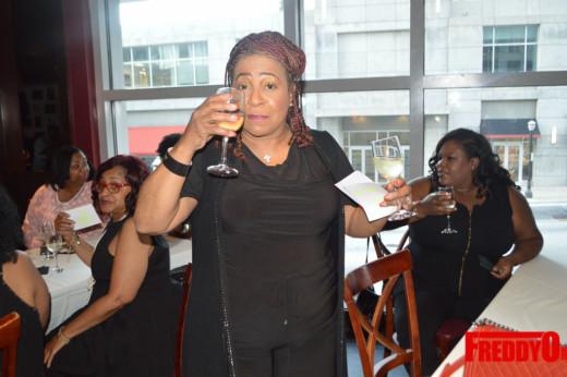 mama-ti-wine-tasting-scales-925-freddyo-125