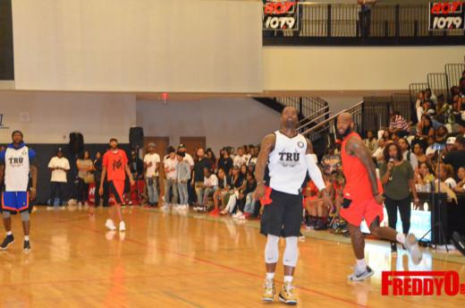 tru-vs-young-money-celebrity-basketball-game-freddyo-117