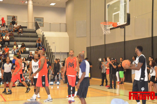 tru-vs-young-money-celebrity-basketball-game-freddyo-23